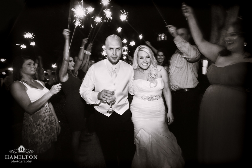 sparkler-exit-wedding